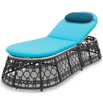 Contessa Chaise Lounge