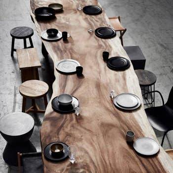 The Mano Table