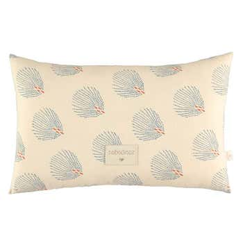 Laurel Cushion Cream